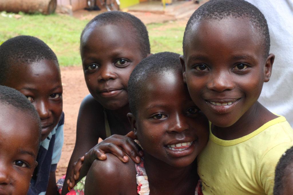 Orphaned children in Uganda.  (www.globalgiving.org)