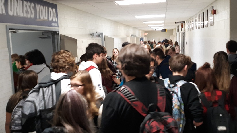 Students%27+Solution+to+Crowded+Hallways