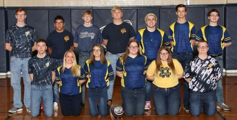 2020-2021 LHS girls and boys bowling team. Photo Courtesy of Pam Bosser.